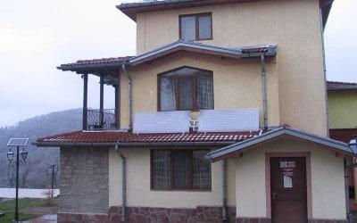 къща за гости Романтика с.Кръвеник до Апролци
